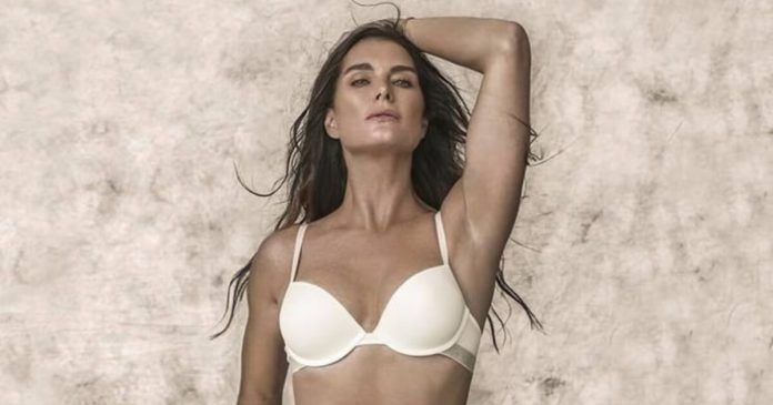 57 Brooke Shields Sexy Pictures Prove She Is A Godden From Heaven